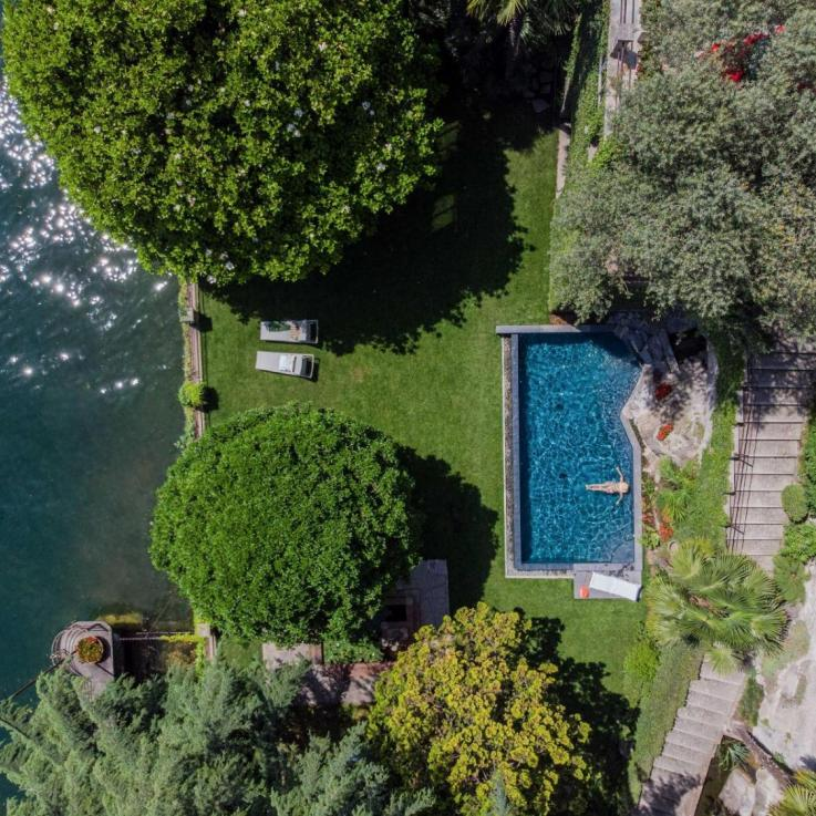 relax lake como